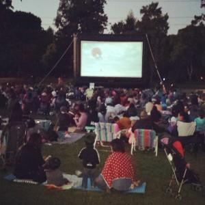 Burlingame Outdoor Movie Night www.sweetteasweetie.com