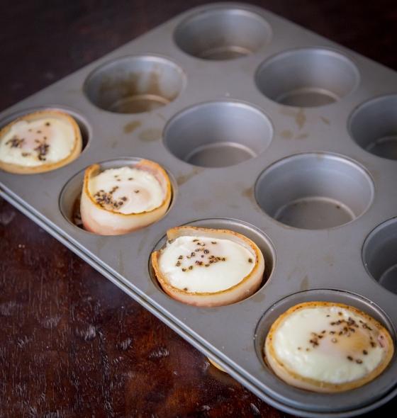 Breakfast in Bed www.sweetteasweetie.com
