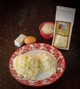 Gruyere Cheese Grits www.sweetteasweetie.com