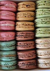 French Macarons www.sweetteasweetie.com