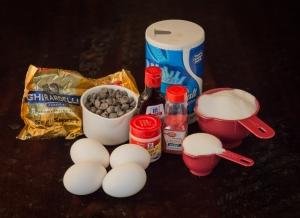 Chocolate Chip Merengues | www.sweetteasweetie.com