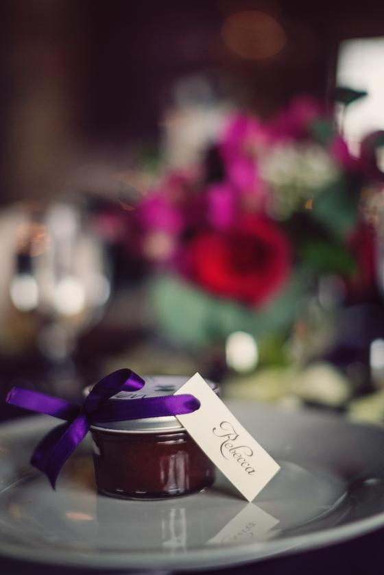 Rustic Southern Wedding Apple Butter Favors www.sweetteasweetie.com