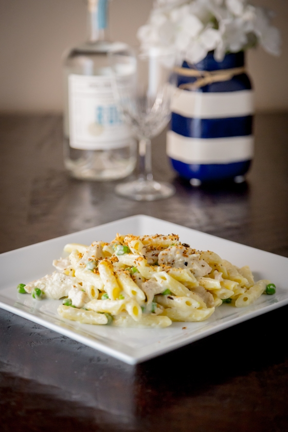 Pasta with Mornay Sauce and Pangrattato | www.sweetteasweetie.com
