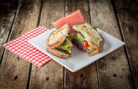 Gruyere Cheeseburger Sandwich } www.sweetteasweetie.com